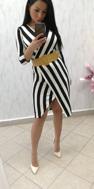 a4b31e51b51f Dámske čiernobiele šaty